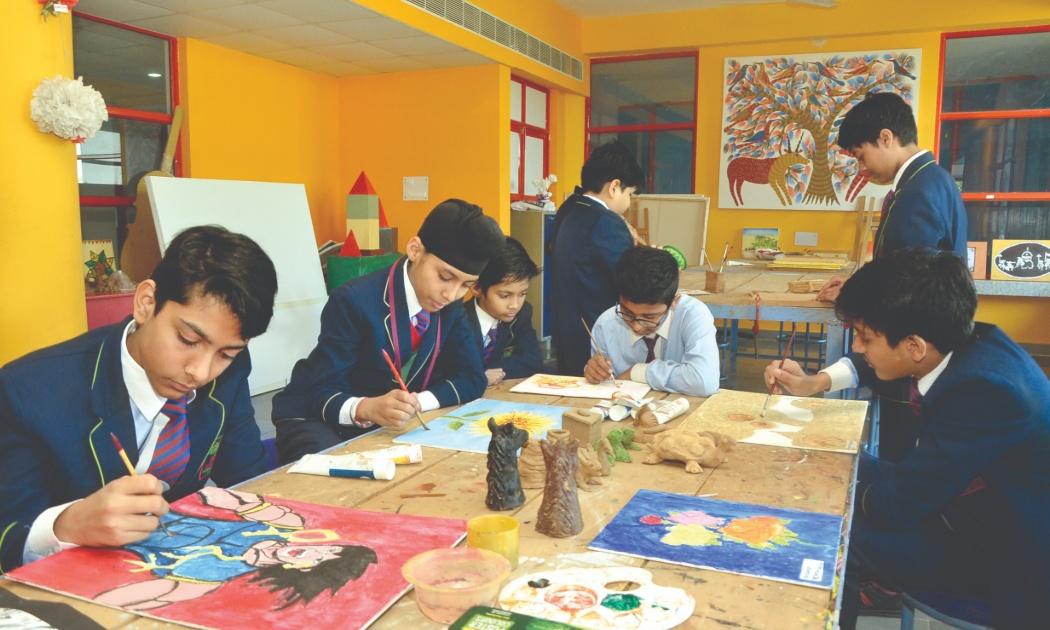 Painting Activity ITM Gloobal School